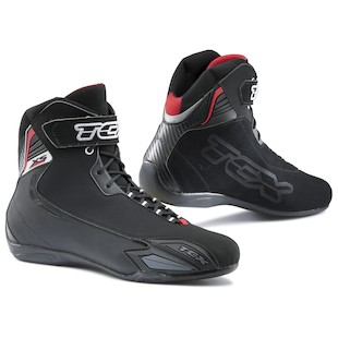 tcxx_square_sport_wp_boots_black_detail